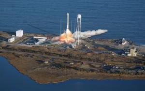 orbital-antares-rocket-launch