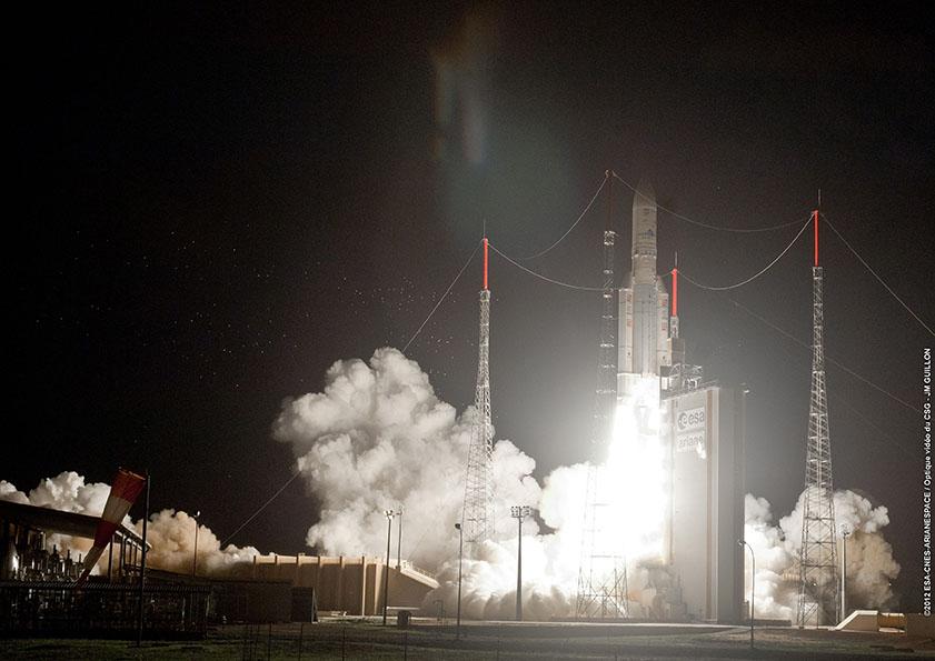 Lancio del volo Ariance 5 VA211. Fonte: Arianespace/ESA