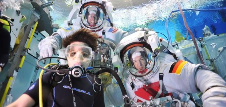 Samantha Cristoforetti e Alexander Gerst nella piscina del NBL. Fonte: Samantha Cristoforetti