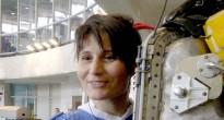 Samantha Cristoforetti dopo una sessione di addestramento EVA con la tuta Orlan all'Hydrolab di Star City. Fonte: Gagarin Cosmonaut Training Center