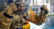 Samantha Cristoforetti in tuta Orlan dopo una simulazione di EVA nell'Hydrolab di Star City. Fonte: Samantha Cristoforetti