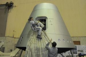 Test di uscita di emergenza dalla nuova capsula Russa. Credits: Energia.