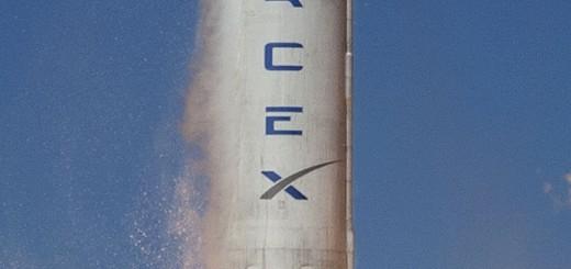 Visione ravvicinata del lancio di debutto del Falcon 9 v1.1. Credit: SpaceX.
