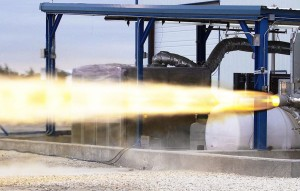 Test del motore Super Draco. Credit: SpaceX.