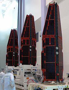 I tre satelliti della missione SWARM. Credit: ESA
