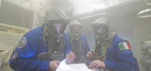 Simulazione di incendio nel modulo Zvezda con Samantha Cristoforetti e l'equipaggio della Soyuz TMA-15M a Star City. Fonte: Gagarin Cosmonaut Training Center