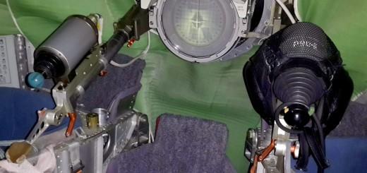 I comandi del simulatore di docking manuale Soyuz a Star City. Fonte: Samantha Cristoforetti