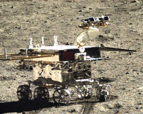 Un'altra vista ravvicinata del rover Yutu. Credit: SASTIND/CNSA/Xinhua.