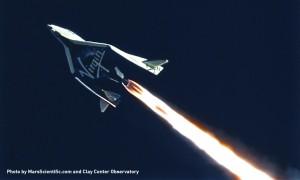 LO SpaceShipTwo nel volo del 10 gennaio 2014. Credit: MarsScientific.com