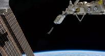 Il rilascio di un gruppo di CubeSat da Kibo sulla ISS. Fonte: NASA