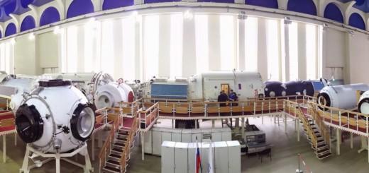 Mockup dei moduli del segmento russo della ISS a Star City. Fonte: Samantha Cristoforetti