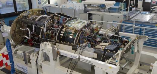 IXV in fase di integrazione allo stabilimento TAS di Torino nel febbraio 2014. Credit: ESA/S. Corvaja