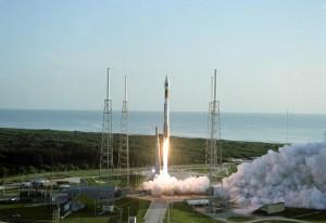 Il lancio della sonda Mars Reconaissance Orbiter avvenuto con un razzo Atlas V dal Launch Complex 41 della Cape Canaveral Air Force Station avvenuto alle  7:43 a.m. EDT del 12 Agosto 2005.
