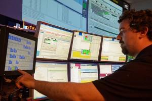 Nell'immagine, Ivano Verzola, uno degli esperti del Col-CC, repsonsabile dei sistemi informatici a bordo della ISS. Credit: DLR (CC-BY 3.0).