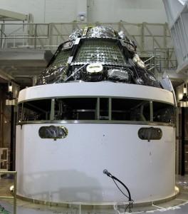 La capsula montata sul mockup del modulo di servizio
