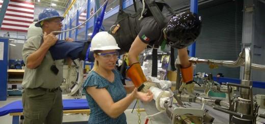 Samantha Cristoforetti si addestra nel Partial Gravity Simulator (POGO) al JSC. Credit: Samantha Cristoforetti