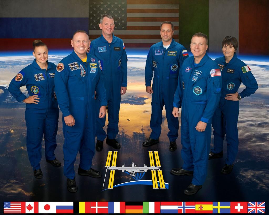 Ritratto ufficiale della Expedition 42. Credit: NASA/Bill Stafford