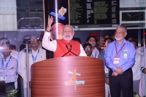 Il discorso del primo ministro indiano Narendra Modi dopo l'inserzione in orbita (ISRO)