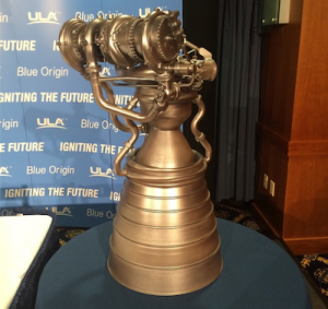 Un modello del motore BE-4 presentato al National Press Club in Washington. Credit: ULA