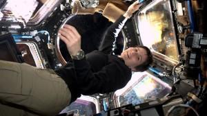 Samantha Cristoforetti in Cupola sulla ISS. Credit: ESA/NASA