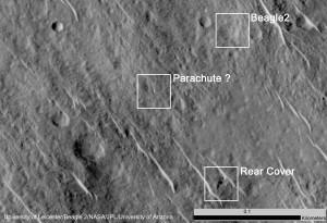 Beagle 2 e gli altri componenti ritrovati. Credit: University of Leicester/ Beagle 2/NASA/JPL/University of Arizona