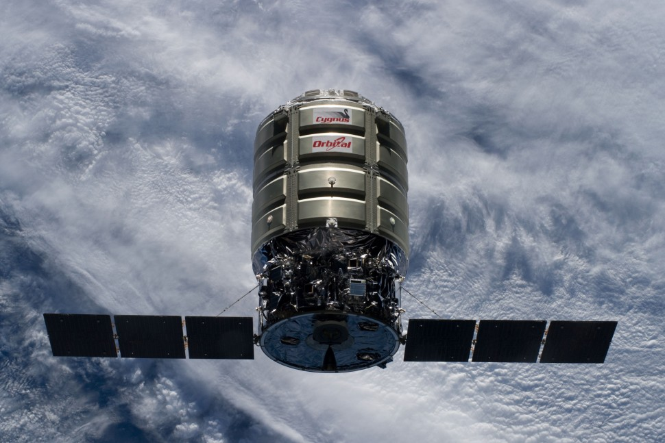 La Cygnus CRS-2 che ha effettuato la sua missione di rifornimento fra luglio e agosto dello scorso anno. Credit: NASA