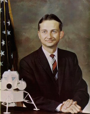 Owen Garriott nel 1965. Credit: NASA
