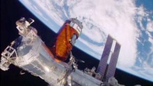 Il modulo cargo HTV-5 agganciato alla ISS. Credits: NASA Tv