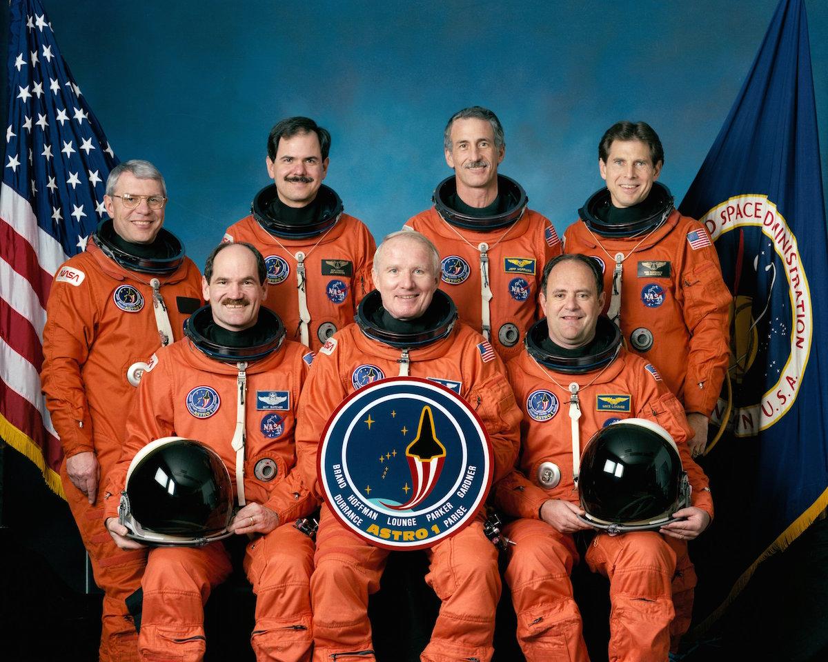 STS-35_crew_portrait