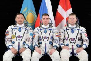 Soyuz_TMA-18M_crew_portrait