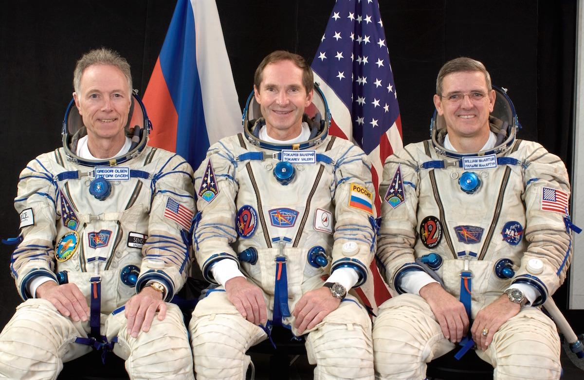 Soyuz_TMA-7_crew_1