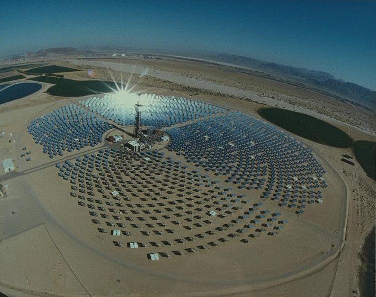 Impianto Solar Two - Foto: Atlas Obscura © Public Domain