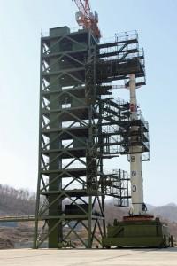 North_Korean_Unha-3_rocket_at_launch_pad