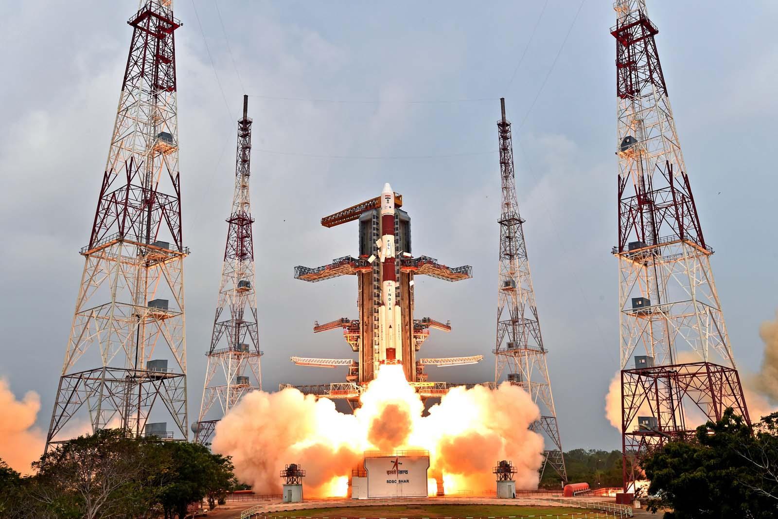 Liftoff del PSLV C31 con a bordo il satellite IRNSS-1E il 20 gennaio 2016. Credit: ISRO