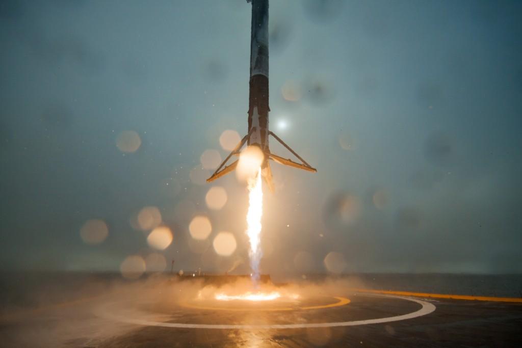 Il tentativo di atterraggio su chiatta più vicino al successo si è svolto durante la missione che ha lanciato Jason 3. Credits: SpaceX