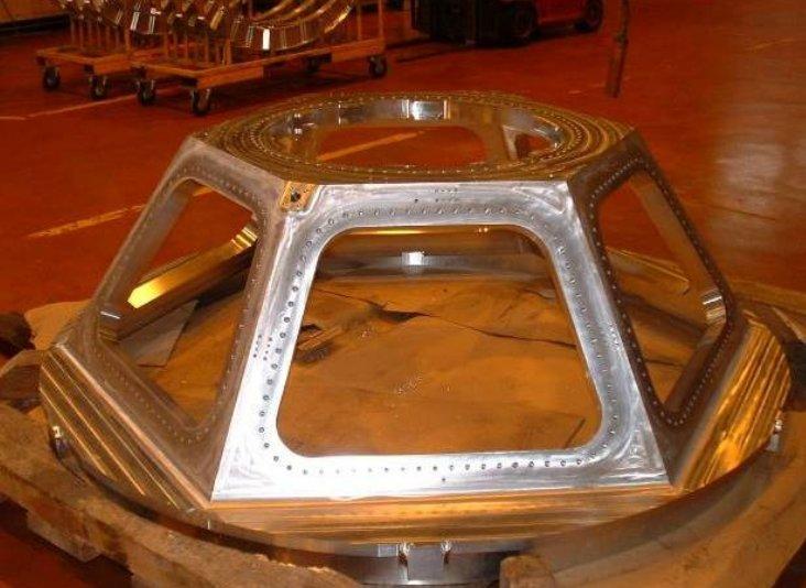 Il telaio di Cupola in lavorazione - Credits: Thales Alenia Space