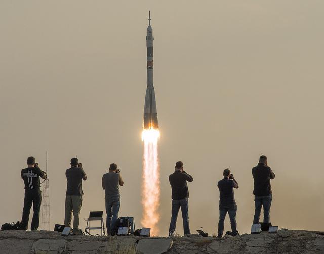Il decollo della Soyuz MS-01- Credit: (NASA/Bill Ingalls)