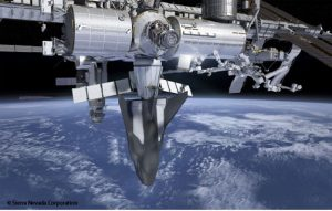 Rendering del Dream Chaser Cargo System sulla ISS. Credits: SNC