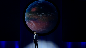 Elon Musk durante la presentazione all'IAC. Credit: SpaceX