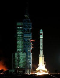 Il liftoff di Tiangong-1 (Credit: Xinhua/Wang Jianmin)