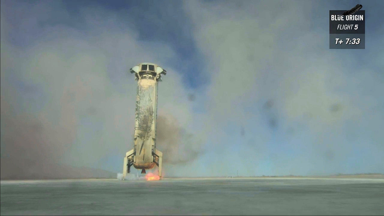 Capsula e booster del New Shepard sopravvivono al test del sistema di fuga
