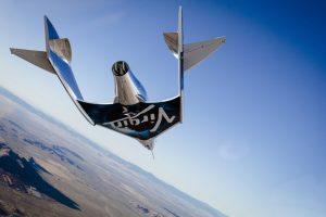 Lo spazioplano VSS Unity durante la sua planata inaugurale dello 3 Dicembre 2016 (C) Virgin Glactic.