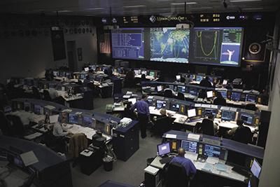 Al Mission Control Center di Houston, l'IMS viene usato sin dal 2005 per monitorare una dozzina di sistemi diversi. Fonte: NASA