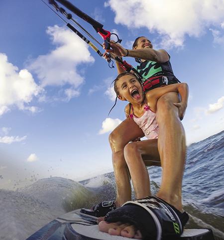 Le GoPro erano state originariamente pensate per essere montate sulle tavole da surf. Fonte: NASA - Kat Patterson