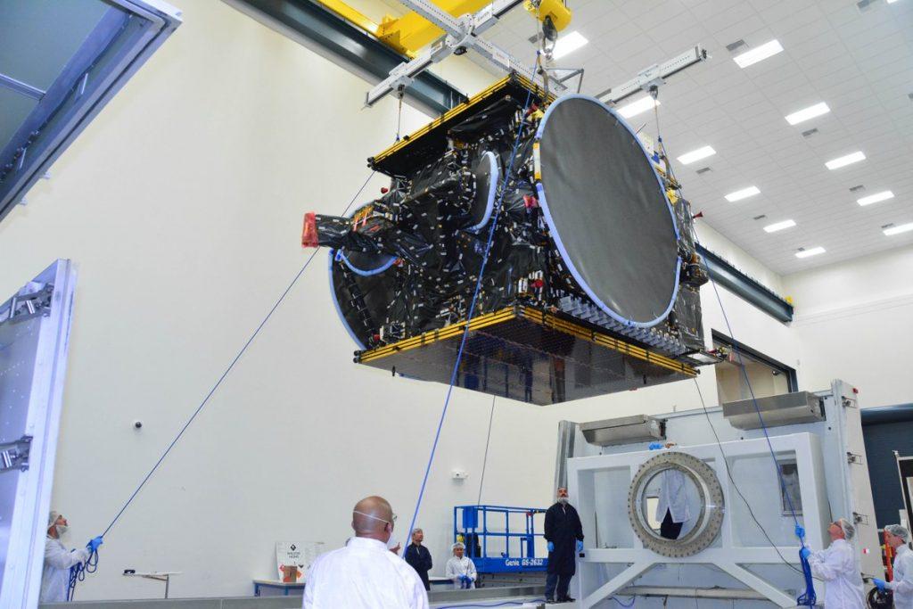 Un satellite costruito sulla piattaforma SSL-1300, il BulgariaSat-1, durante i test presso SSL (Credit: SSL)