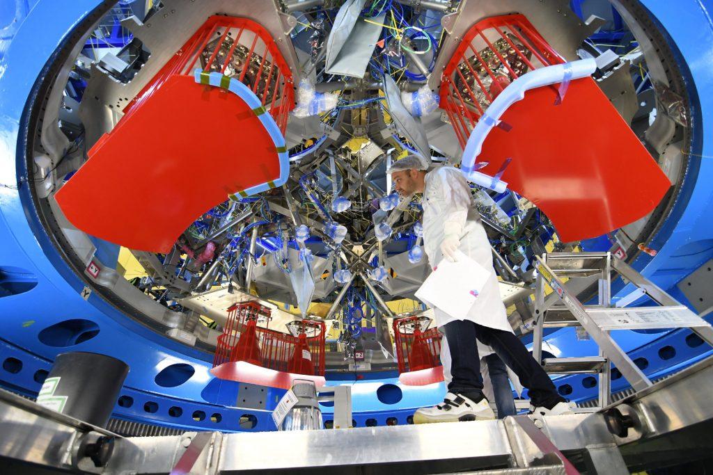 Lo European Service Module (ESM) in sviluppo per la missione EM-1. Credit: ESA.