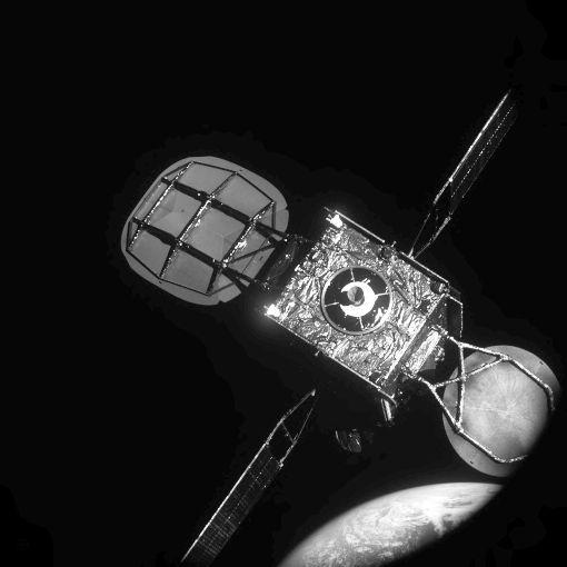 Il satellite Intelsat-901 visto da MEV-1 Credits: Northrop Grumman