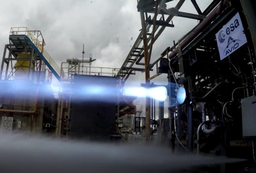 Un momento dei test del motore M10. Credits: Avio