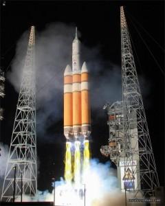 Visualizzazione artistica del lancio di EFT-1 mediante un Delta IV Heavy