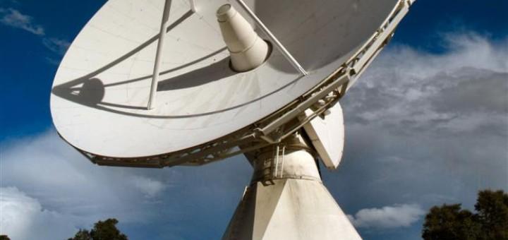 ESA_antenna_phobos_grunt